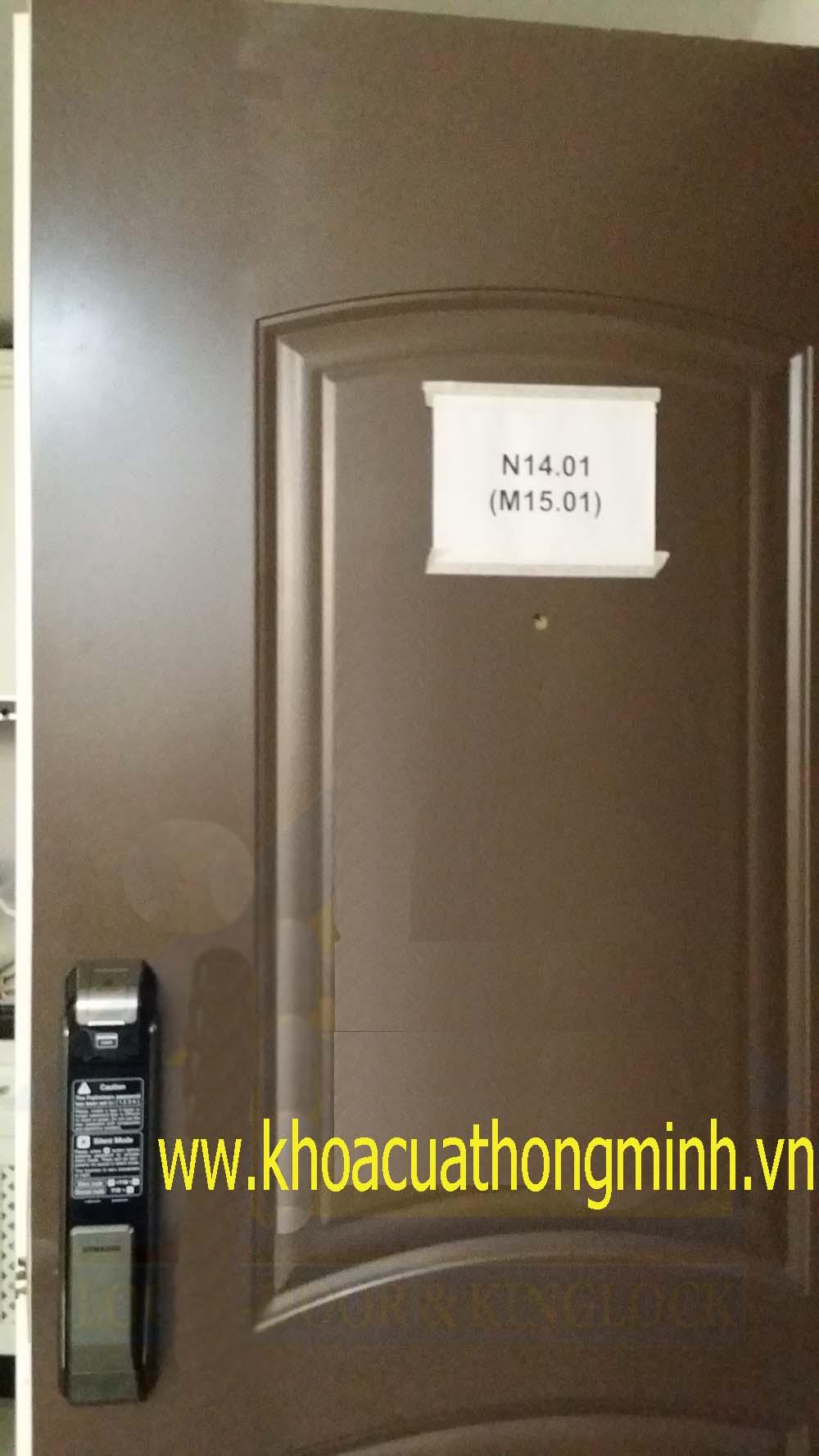 Lắp đặt khóa điện tử samsung P718 tại chung cư Happy Valey Q.7
